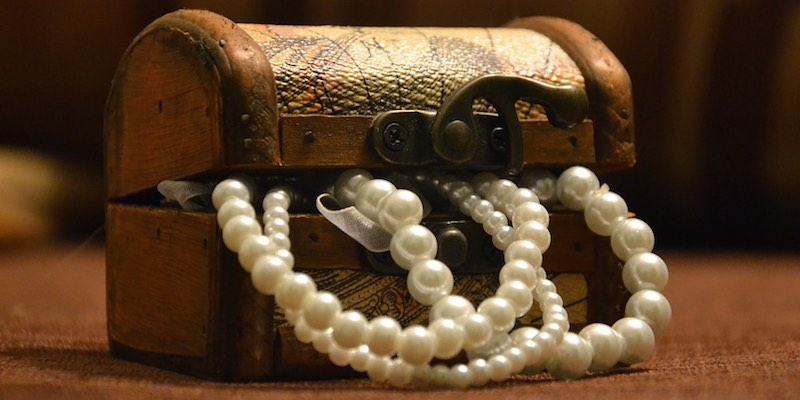 Можно ли дарить жемчуг в подарок женщине приметы и легенды